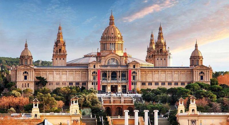 Музей искусств Каталонии в Барселоне