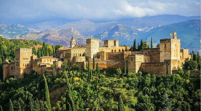 Замок Альгамбра Гранада Испания