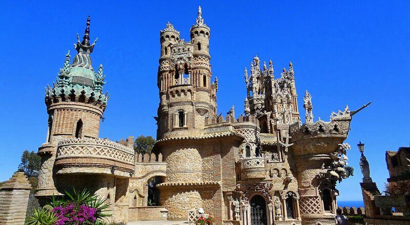 Замок Коломарес Бенальмадена Испания