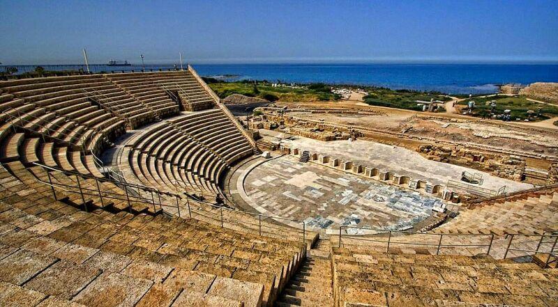 Амфитеатр Кесария