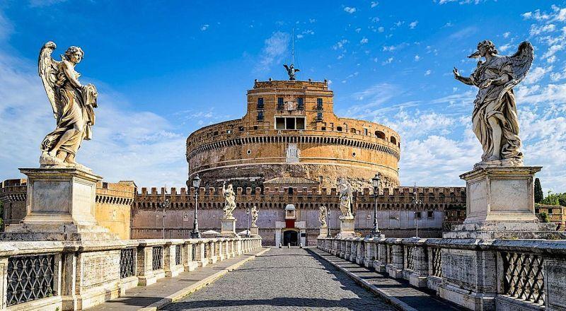 Замок Санкт Анджело Рим