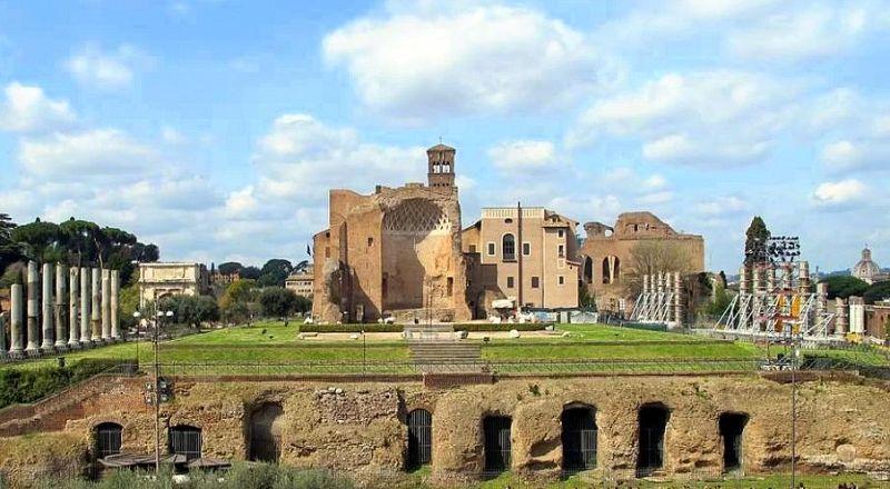 Золотой дом Нерона Рим