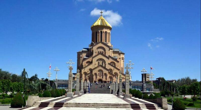 Собор Цминда Самеба Тбилиси