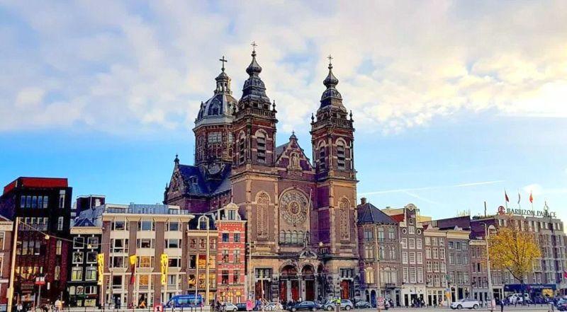 Амстердам церковь Святого Николая