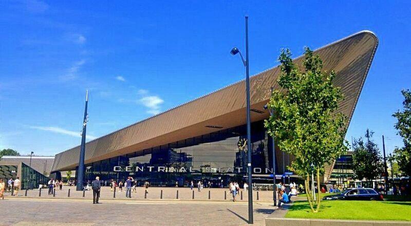 Железнодорожный вокзал Роттердам