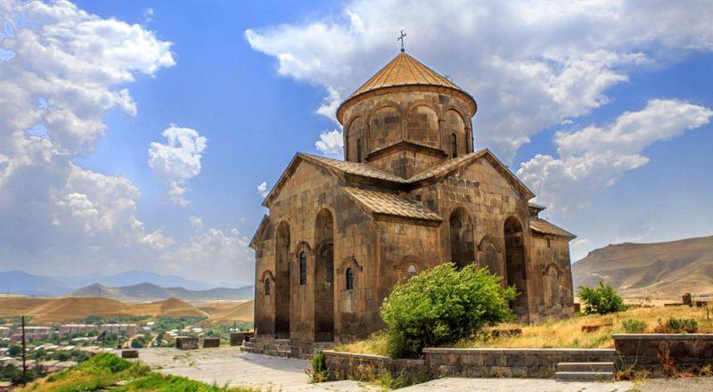 Храм Сисиан Армения