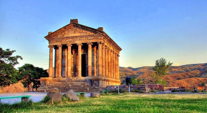 Храм бога Гелиоса Гарни