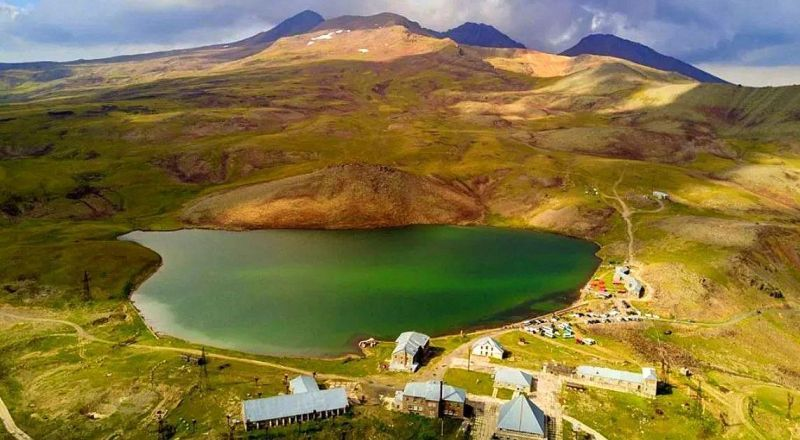 Озеро Кари Армения