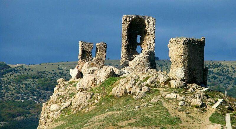 Генуэзкая крепость Чембало Крым