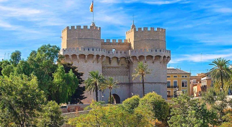 Ворота Серранос Валенсия