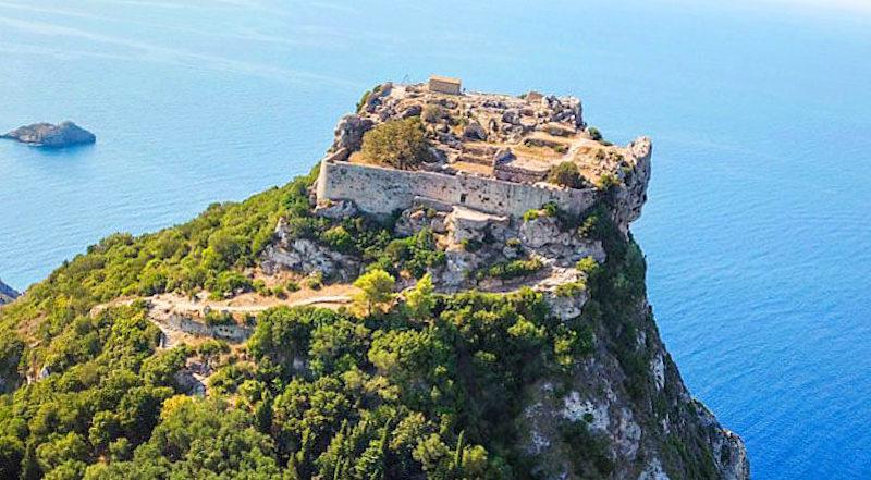 Крепость Ангелокастро Корфу