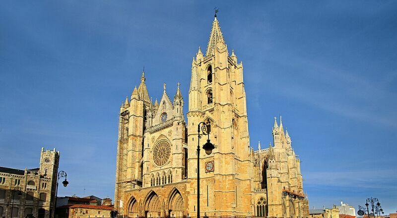 Кафедральный собор Сен-Жан-Батист Лион