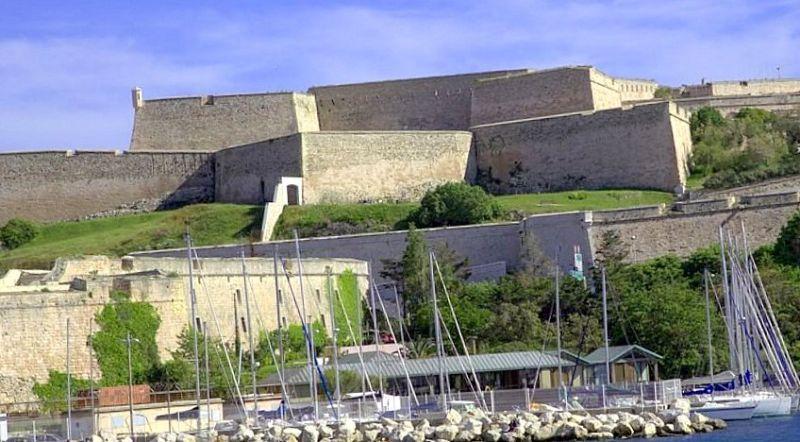 Форт в Марселе