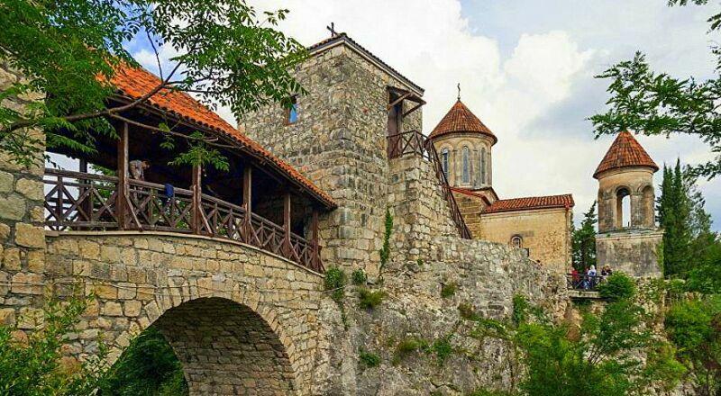 Монастырь Моцамета Кутаиси