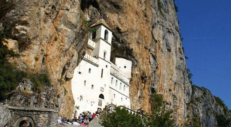 Черногория монастырь Острог