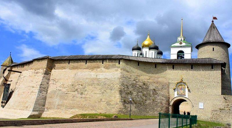 Башни псковского кремля