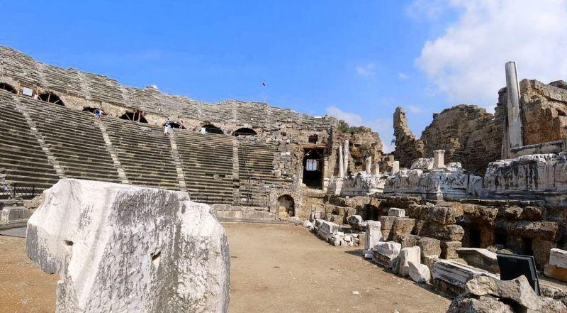 Сиде римский театр