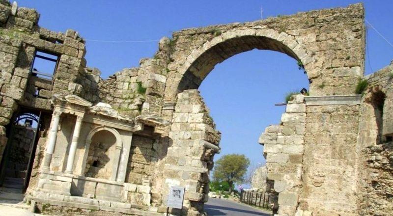 Арочные Ворота Веспасиана