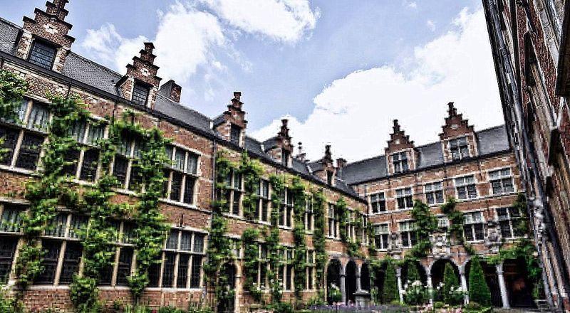 Бельгия Музей печатного дела