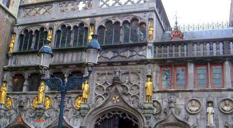 Базилика Святой крови Христовой Брюгге