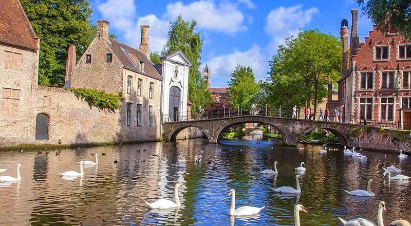 Бельгия озеро Любви в Брюгге