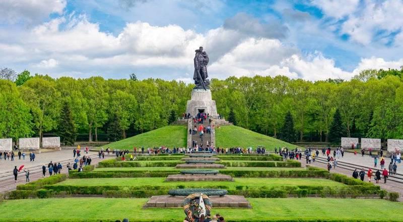 Мемориал Трептов-парк