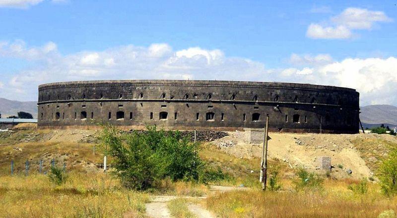 Гюмри Чёрная крепость