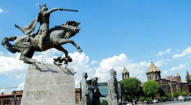 Гюмри площадь Свободы