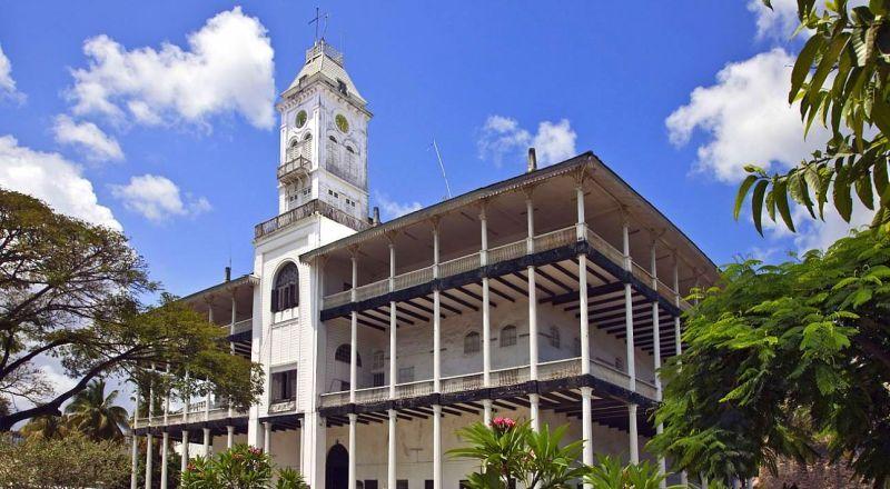 Танзания Дом Чудес