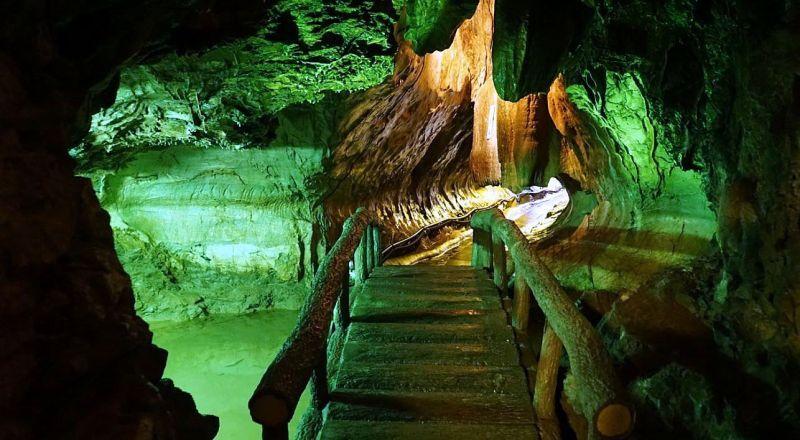 Коралловые пещеры Мангапвани