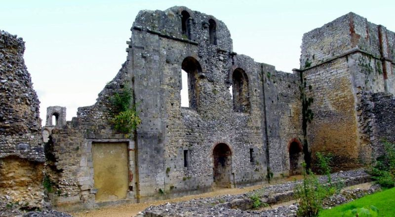 Руины дворца Мтони