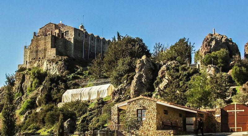 Кипр монастырь Ставровуни