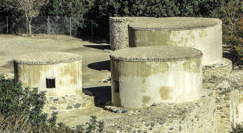 Поселения Хирокития